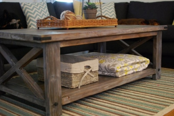 Rustic wood coffee table using Ana White plans