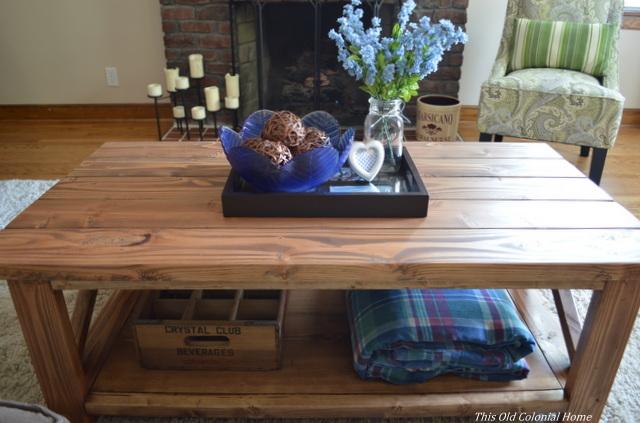 DIY coffee table and decor