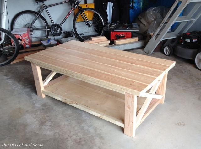 Base and top of coffee table together