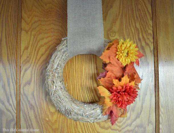 Easy DIY straw wreath