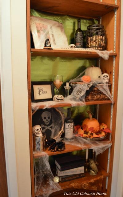 Spooky Halloween shelves