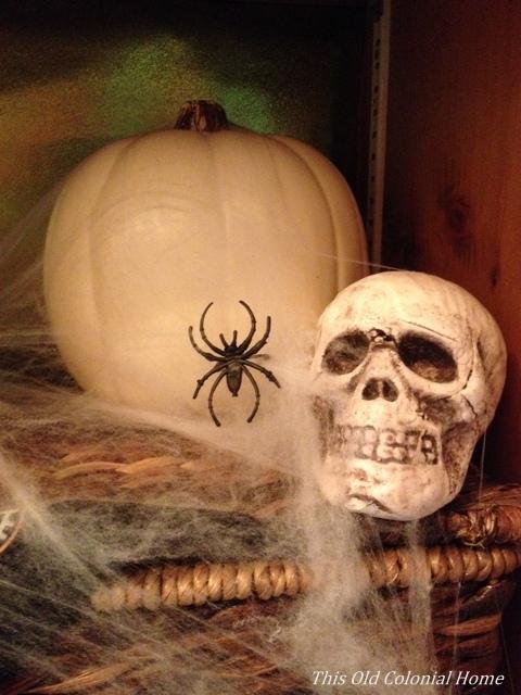 Spooky Halloween decor