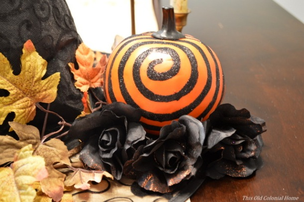 Halloween centerpiece spiral pumpkin