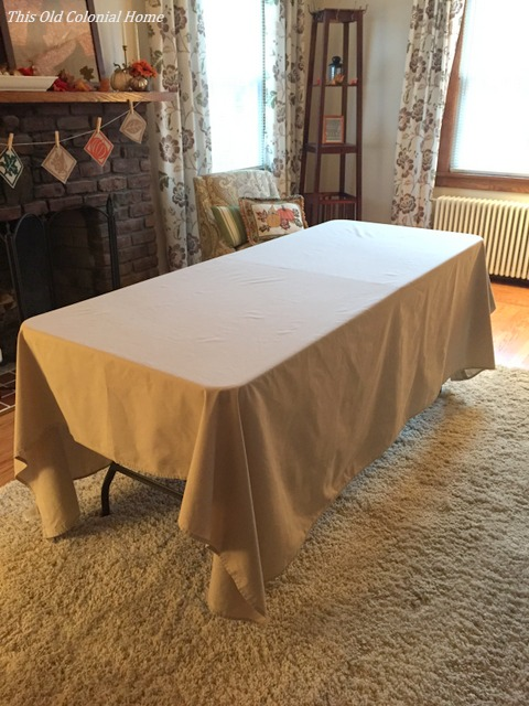Bed sheet as tablecloth