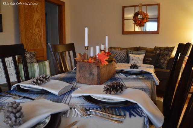 Rustic, wooden Thanksgiving centerpiece