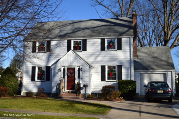 Colonial house decorated for Christmas
