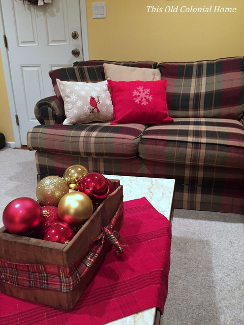 No sew Christmas throw pillows