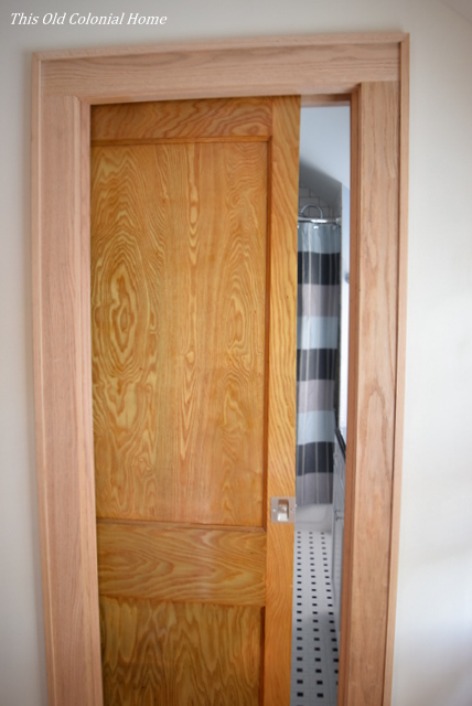 Bathroom pocket door peek