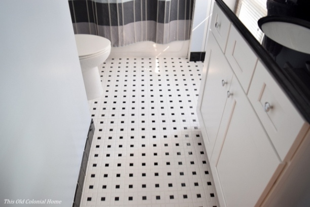 Black and white pinwheel tile