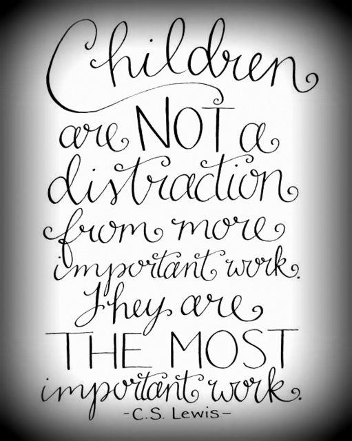 children-distraction-001