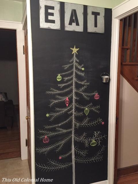 christmas-tree-chalkboard