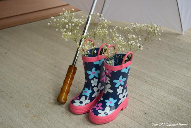 baby shower rain boots decor